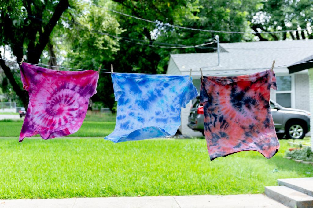 DIY tie-dye wash